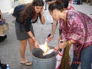 Ani, Bulls burning